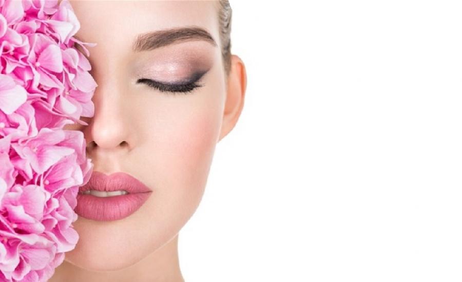 Kaip prižiūrėti paakių odą?